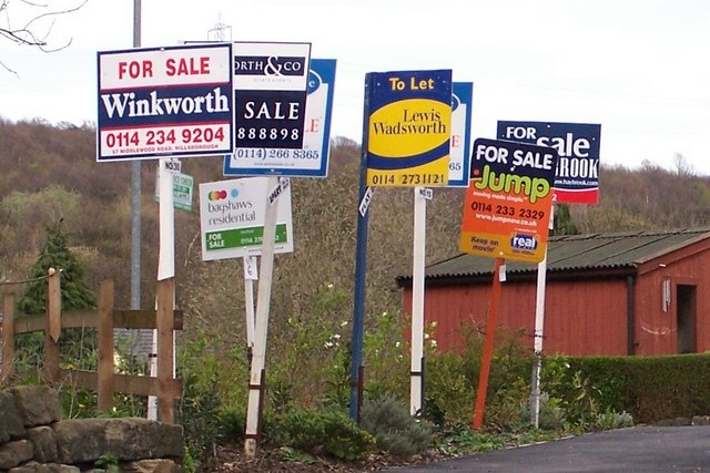 Annual house price growth accelerates to 3.2%