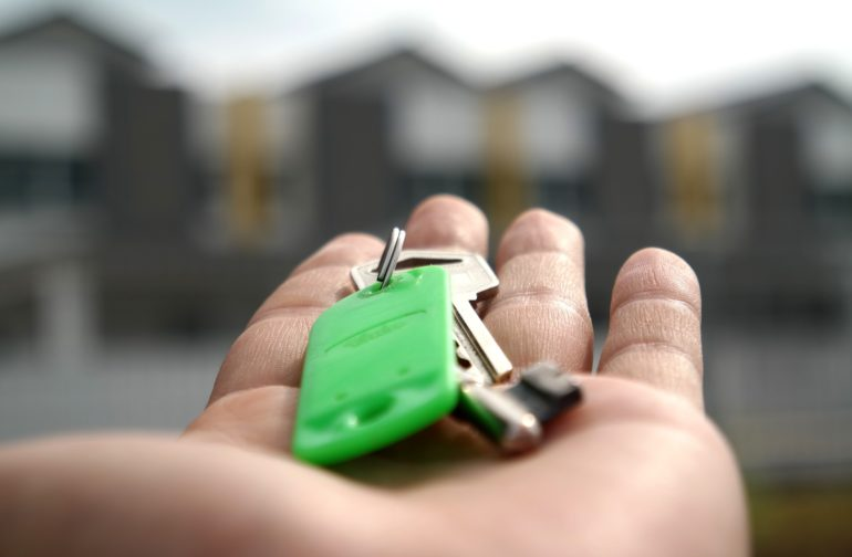 One in seven Brits would buy property with a stranger