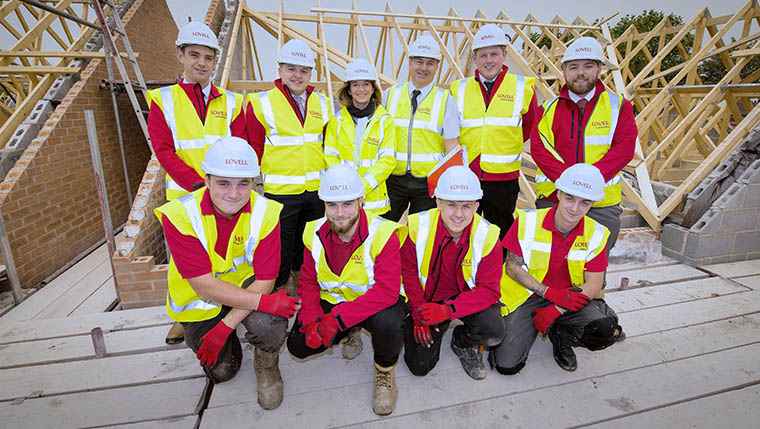 New apprentices and management trainees for Lovell in the Midlands