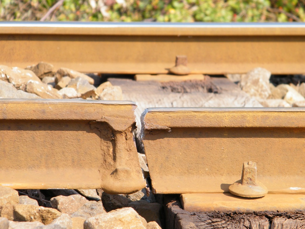 Talks on three-way housebuilding merger derailed