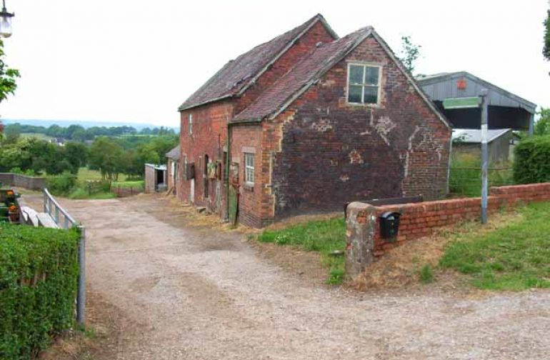 Government extends permitted development to farm buildings