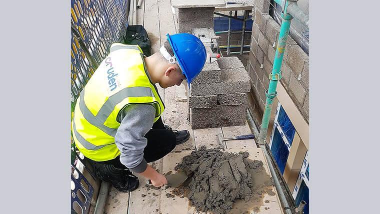 Cruden welcomes 25 new apprentices